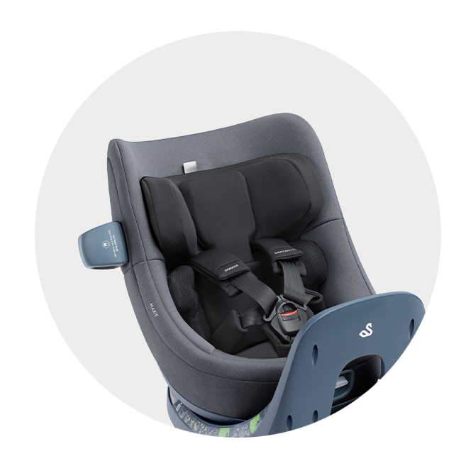 Marie i-Size car seat with newborn pillow
